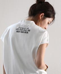 classicalelf(クラシカルエルフ)のロゴバックプリント 空紡糸ミドル丈無地モックネックTシャツ(半袖)(Tシャツ/カットソー)