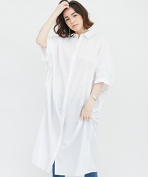 バックデザインシャツワンピースホワイト