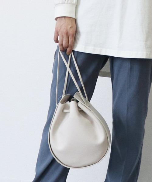 【 調整可能ショルダー付き 】 2wayフェイクレザーラウンドショルダーバッグ 巾着バッグ・・