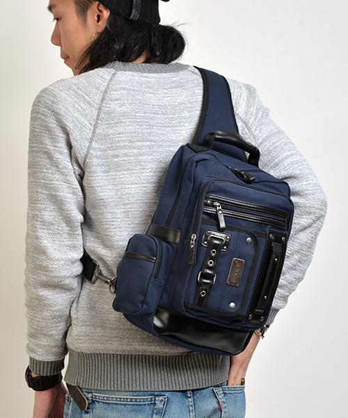 【DEVICE/デバイス】フォルマリッチ メガボディバッグ