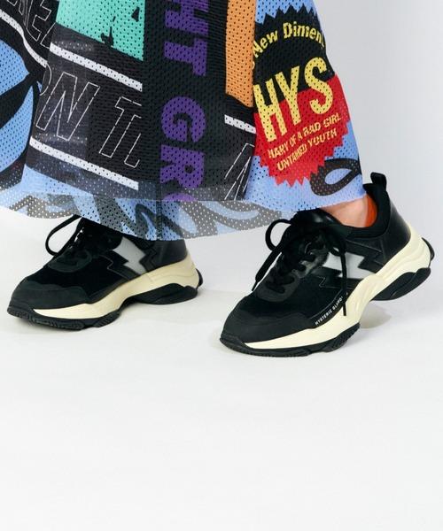 VOLUME SOLE スニーカー