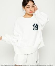 【MLB】ワンポイント刺繍オーバートップスオフホワイト