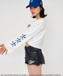 【MLB】フレアスリーブロゴTシャツオフホワイト