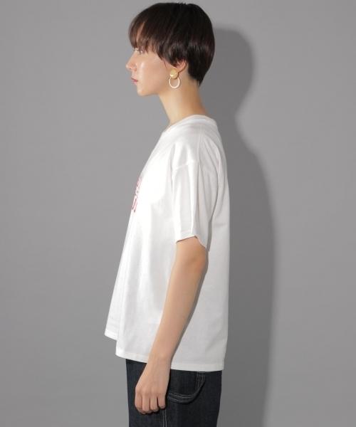 REDロゴTシャツ
