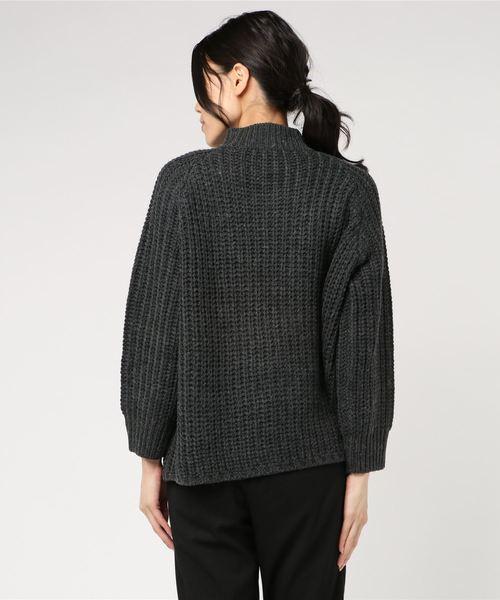 ウール混フロントケーブルセーター