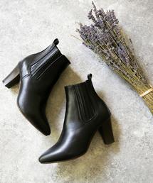 menue(メヌエ)のポインテッドトゥ 隠れサイドゴア ブーツ ハイヒール ショートブーツ(ブーツ)