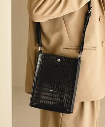 シンセティックレザー ロゴ刻印 スクエアショルダーバッグ(型押しクロコ/スムース)EMMA CLOTHESブラック系その他