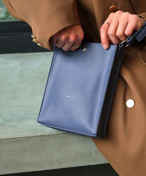 シンセティックレザー ロゴ刻印 スクエア ミニバッグ ショルダーバッグ EMMA CLOTHES 2021 S/S