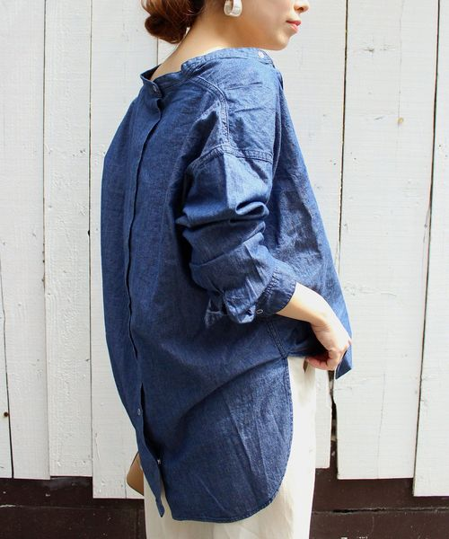 Le Melangeダンガリ-ノーカラーシャツ