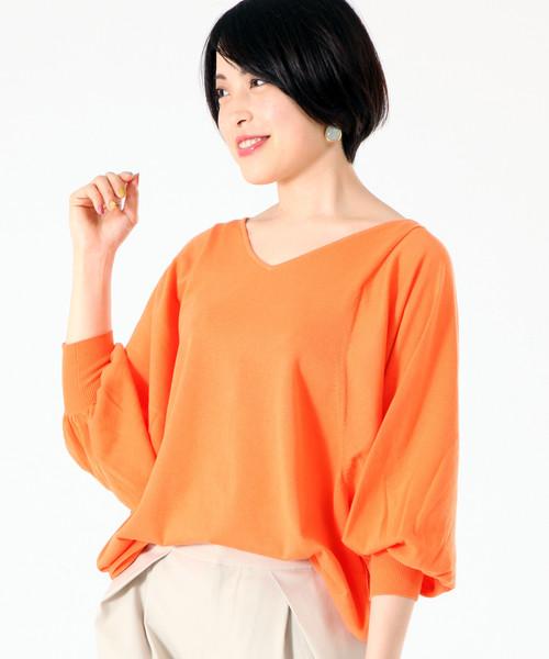 TIARA(ティアラ)の「ボリュームドルマンニット(ニット/セーター)」|オレンジ