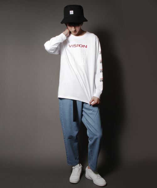 【VISION / ビジョン】袖プリントエンボスロゴロングスリーブTシャツ