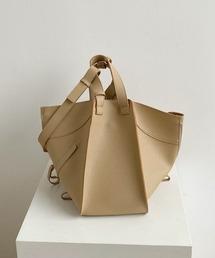 【chuclla】3way trapezoid shoulder bag cha80ベージュ