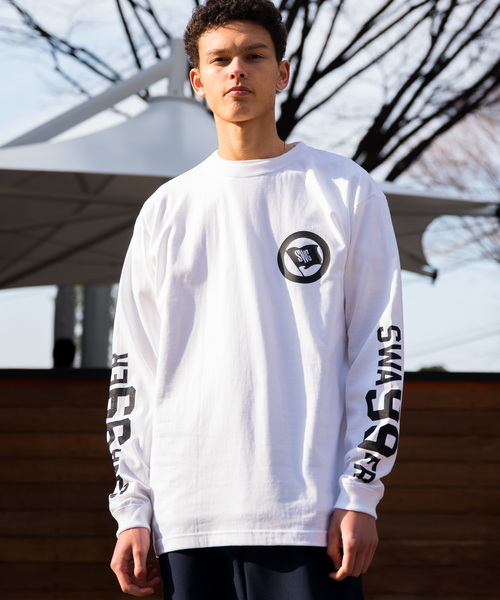 【SWAGGER】《WEB限定》フラッグモチーフスリーブプリントロングTシャツ