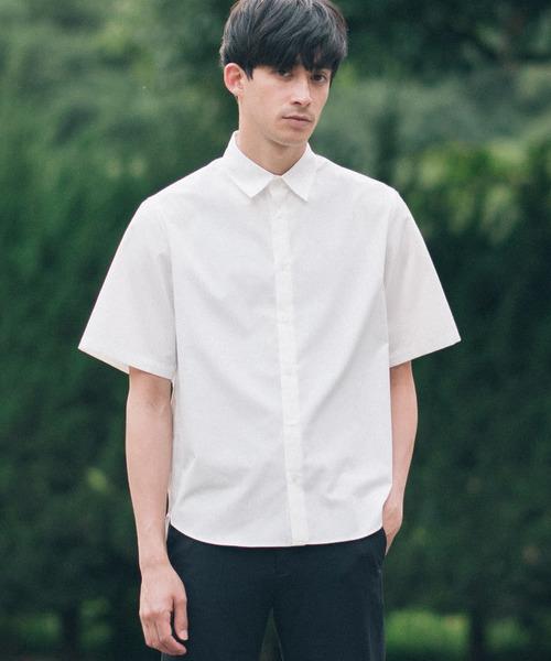 スリムレギュラーカラーS/Sシャツ