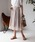 TIENS ecoute(ティアンエクート)の「サフィールギャザーミモレスカート(スカート)」|アイボリー