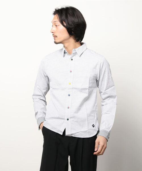 ネクタイの包みボタン シャツ