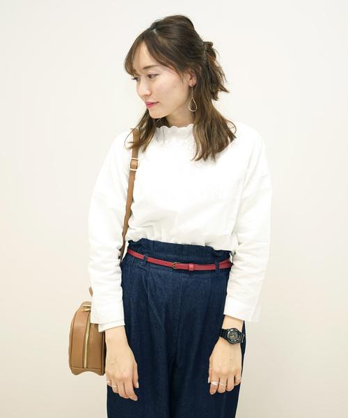 ・衿刺繍プルオーバー