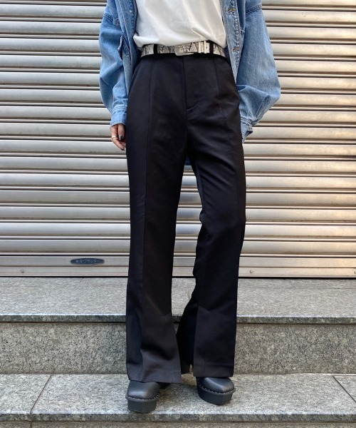 PAGEBOY(ページボーイ)の「サイドスリットフレアパンツ(その他パンツ)」|ブラック