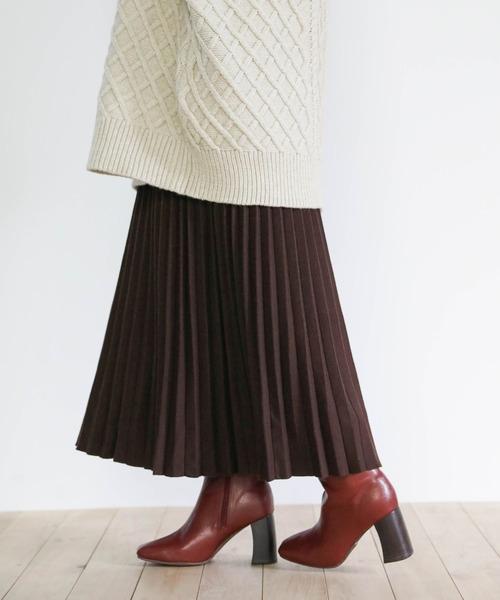 select MOCA(セレクトモカ)の「プリーツニットスカート(ウエストゴム入りプリーツデザインひざ下丈ニットスカート)(スカート)」 ブラウン