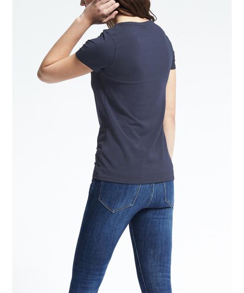 レイヤリング VネックTシャツ