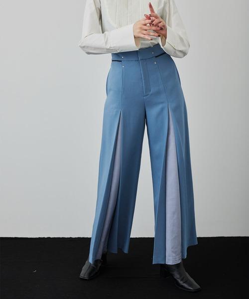 UNITED TOKYO(ユナイテッドトウキョウ)の「バイカラーフレアワイドパンツ(その他パンツ)」|ブルー