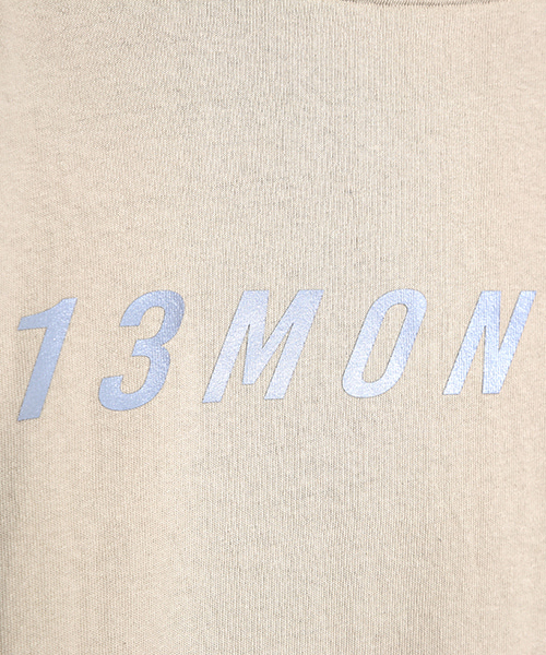 13MONTH スコッチロゴプリントTシャツ