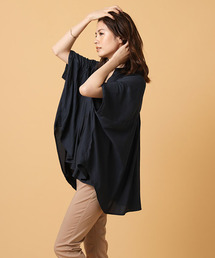 AZUL BY MOUSSY(アズールバイマウジー)のヨークギャザーボリュームシャツ(Tシャツ/カットソー)