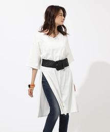 AZUL BY MOUSSY(アズールバイマウジー)のスリットVネックドレスTシャツ SLIT V/N T DRESS(ワンピース)