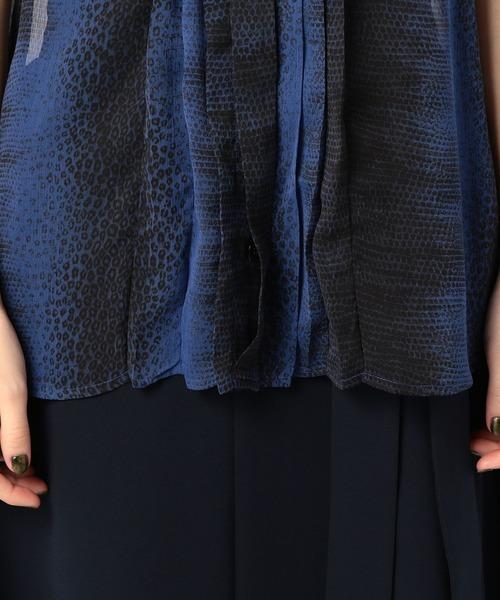 NARACAMICIE(ナラカミーチェ)の「リザードミックスプリントプリーツノースリーブシャツ(シャツ/ブラウス)」|詳細画像