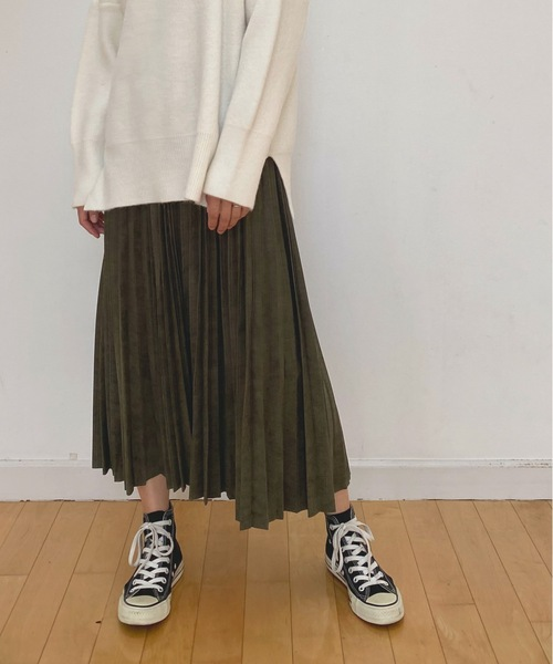 AIC.(エーアイシー)の「【WEB限定】エコスエード プリーツ スカート(スカート)」|カーキ