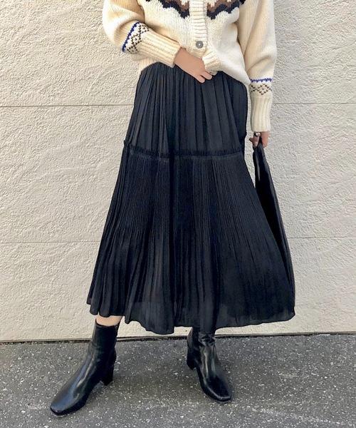 CIAOPANIC(チャオパニック)の「細プリーツサテンロングスカート(スカート)」|ブラック