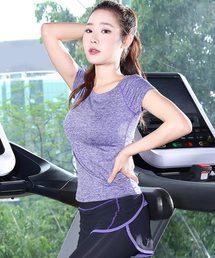 DAY CLOSET(デイクローゼット)の「レディース ヨガ・フィットネス用半袖ウェア 2点セット(スポーツグッズ)」