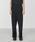 JUHA(ユハ)の「FRONT SLIT TAPERED PANTS(パンツ)」 ブラック