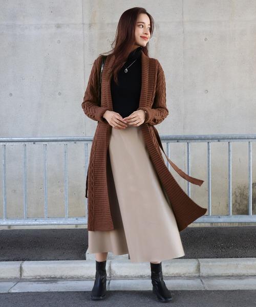 ブラウンロングカーディガン×スカート
