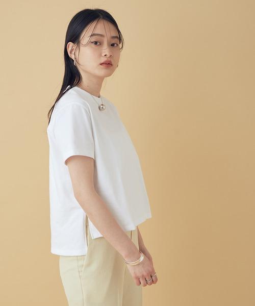 ADAM ET ROPE'(アダムエロペ)の「【UVケア】ファンデーションコンパクトTシャツ(Tシャツ/カットソー)」|ホワイト