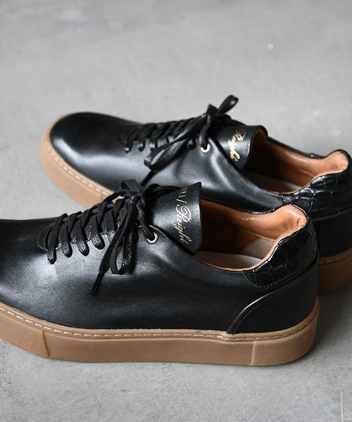 【EARLE】Hole cut sneakers