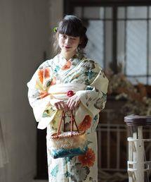 fbe376f1110b0c utatane(ウタタネ)の浴衣3点セット カスタードベージュに花と金魚(