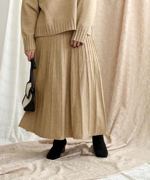 プリーツ柄編みニットスカート