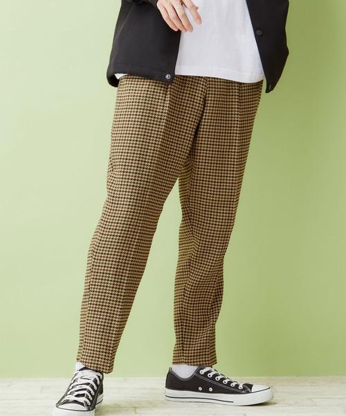 TRストレッチスーツ地タックセミワイドテーパードアンクルパンツ(MONO-MART)