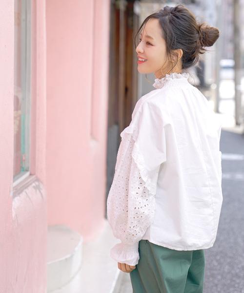 ふんわり袖刺繍レースコットンブラウス